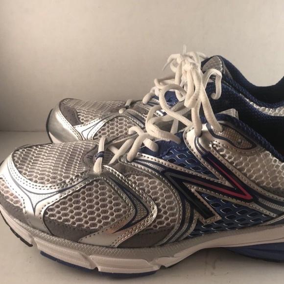 b728468da8 New-Balance Running Shoes 10.5 White Blue Sneakers